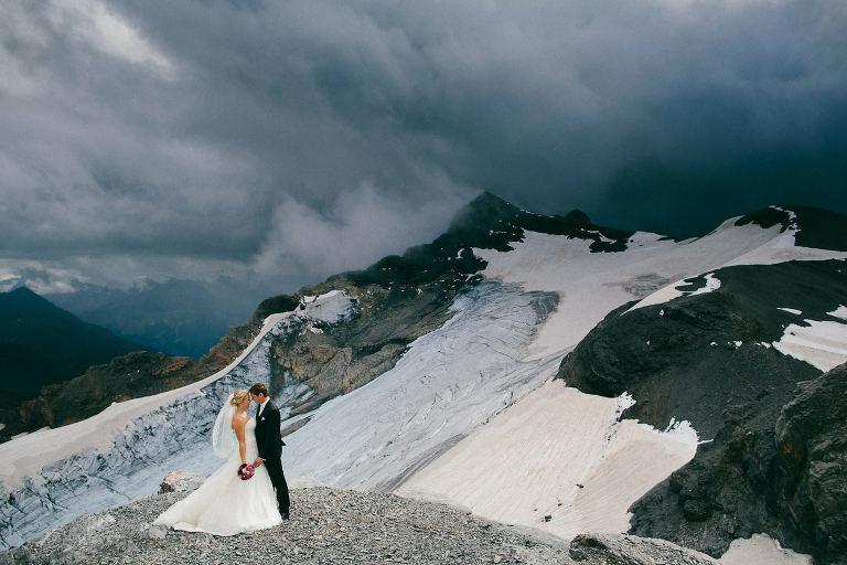 Berghochzeit in der Schweiz im Boutique Chalet Hotel Ahorn Braunwald GL